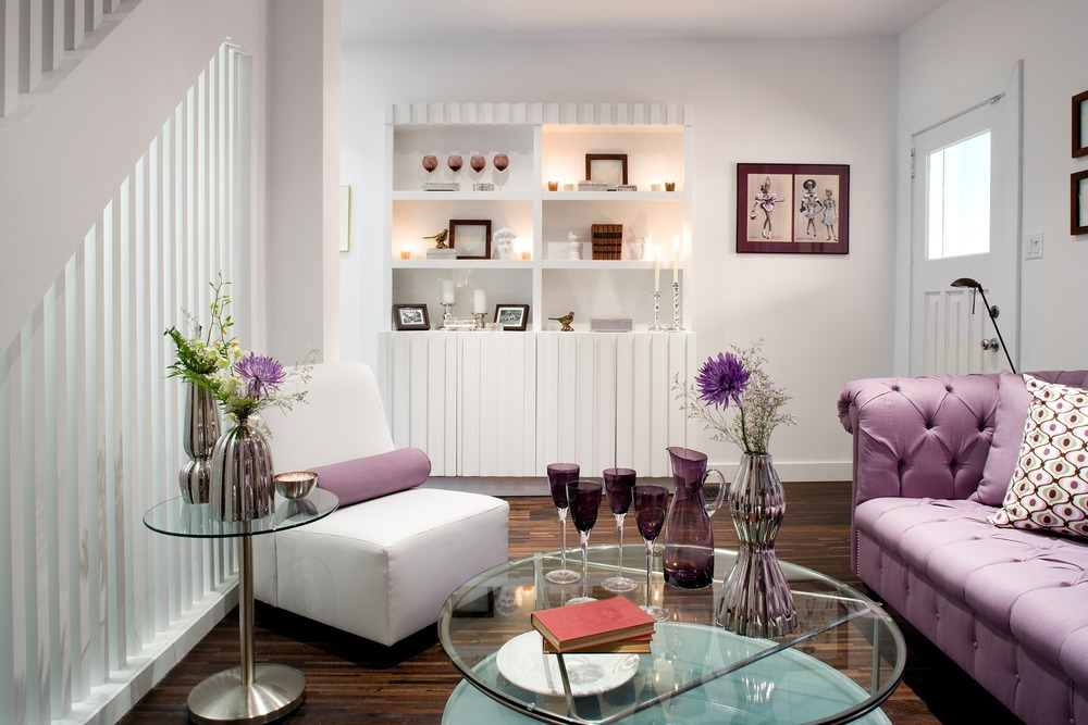 Great small living room designs by colin justin decoholic for Purple living room designs