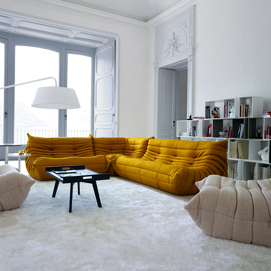 10 awesome sectional sofas decoholic for Ligne roset canape