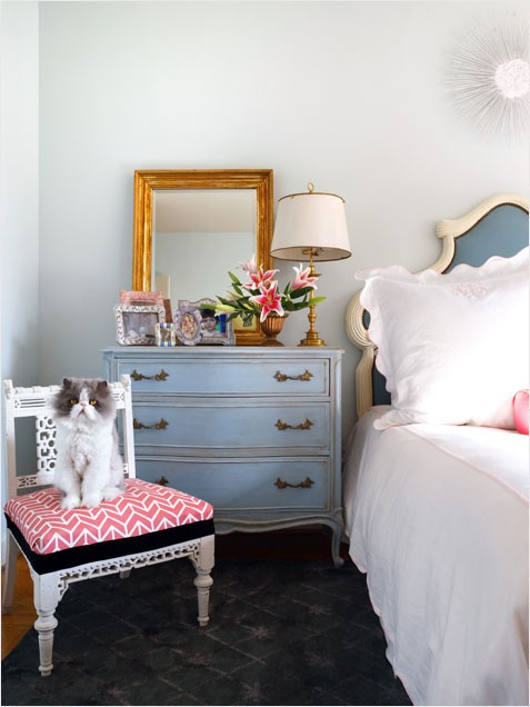 vintage teenage bedroom by sarah