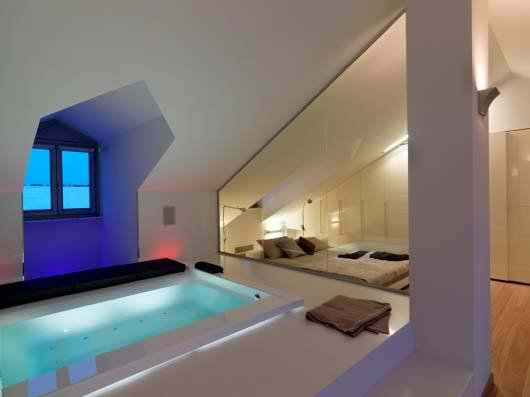 awesome attic room with pool