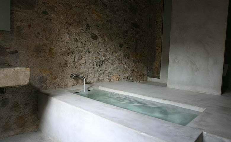 Concrete Bathroom 13
