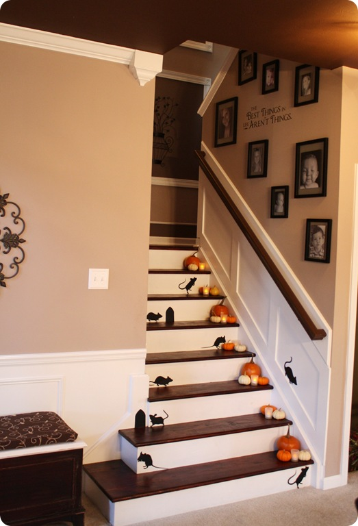 halloween decorating idea for stairs