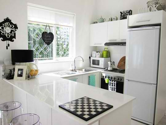Total White Small Kitchen Design Ideas