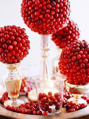 red and silver Christmas centerpieces 28
