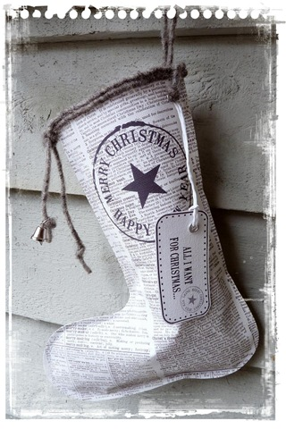 Christmas craft ideas news paper boot stocking