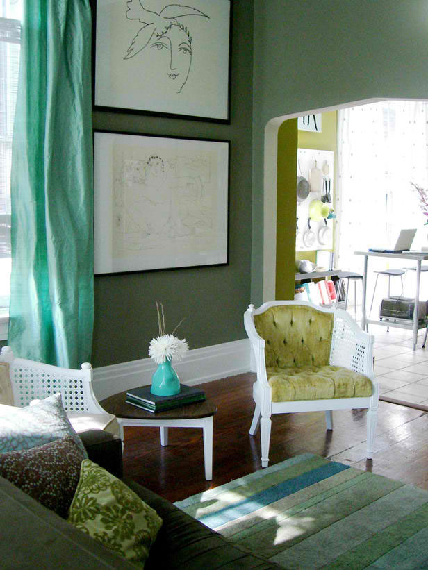 green living room color scheme