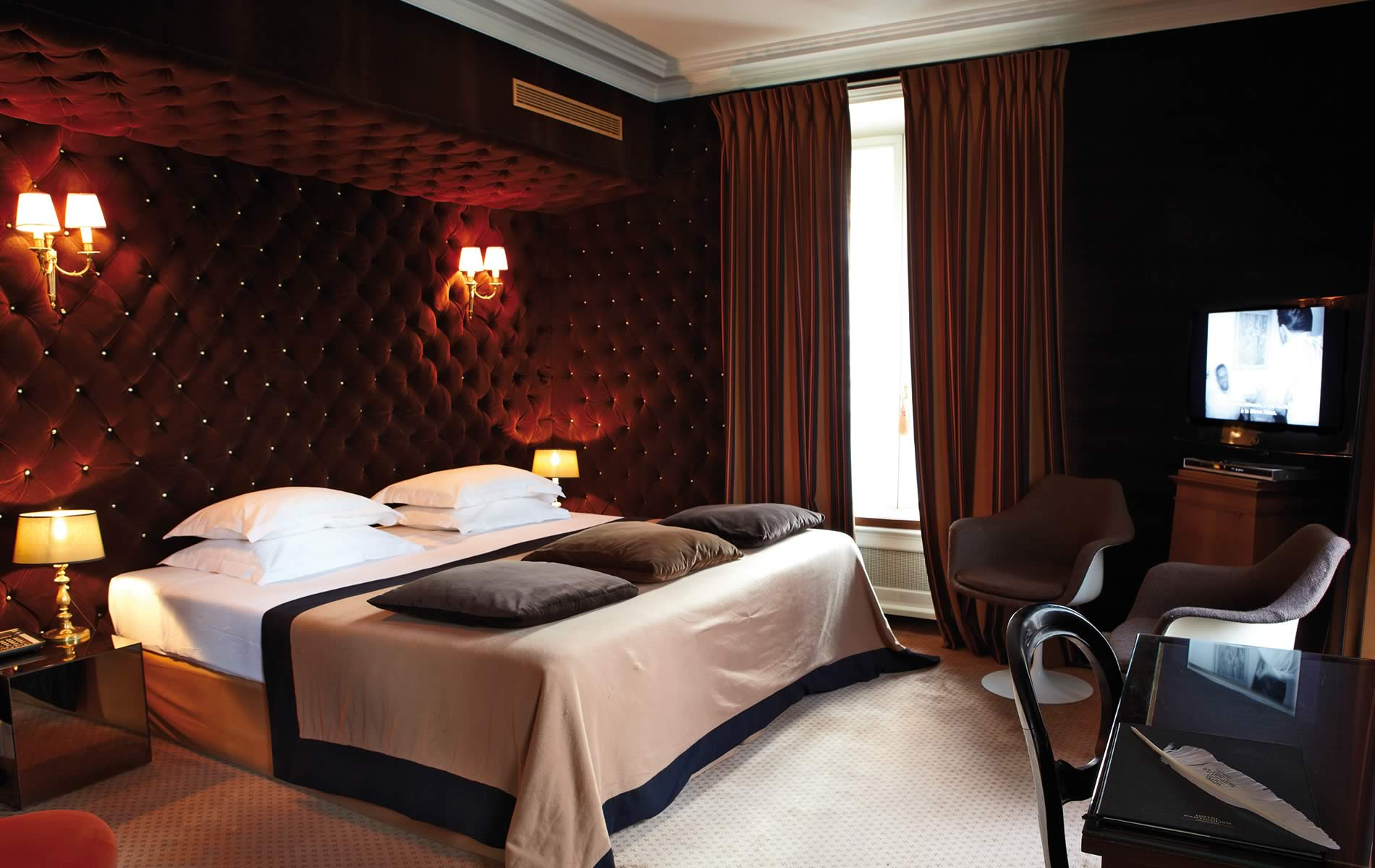 Hotel particulier montmartre in paris decoholic for Hotel design paris 11