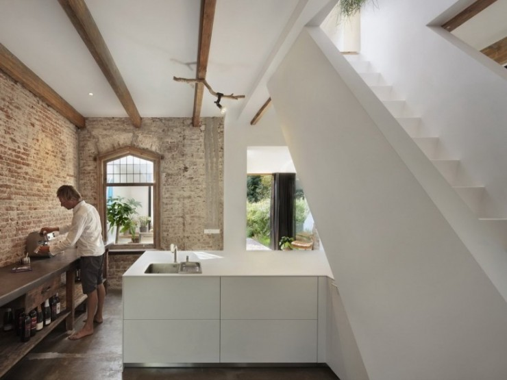 Historical Railway Cottage House 6 by Zecc Architects and ZW6 Interior