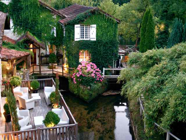 Le Moulin Du Roc Hotel France