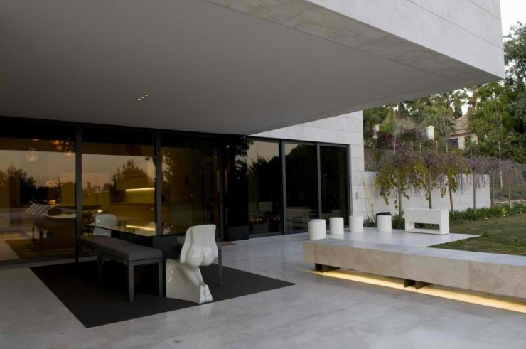 Marbella ΙΙ House in Spain by A-cero 15