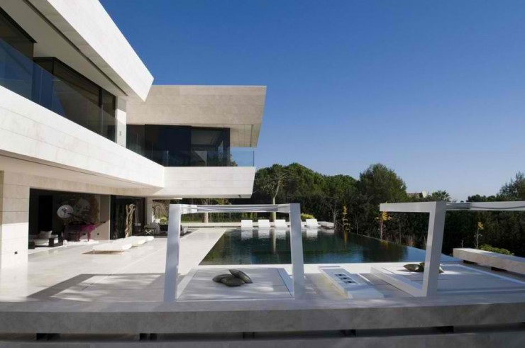 Marbella ΙΙ House in Spain by A-cero 28