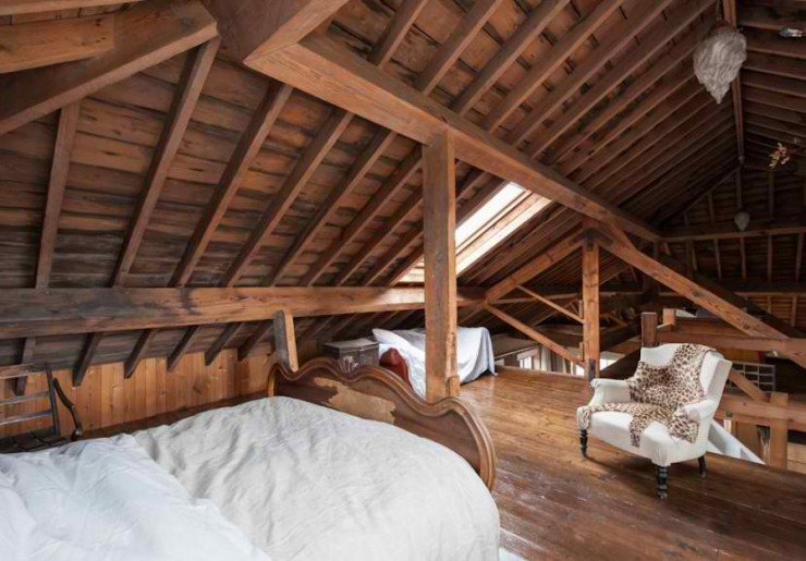 atmospheric  loft interior design 15