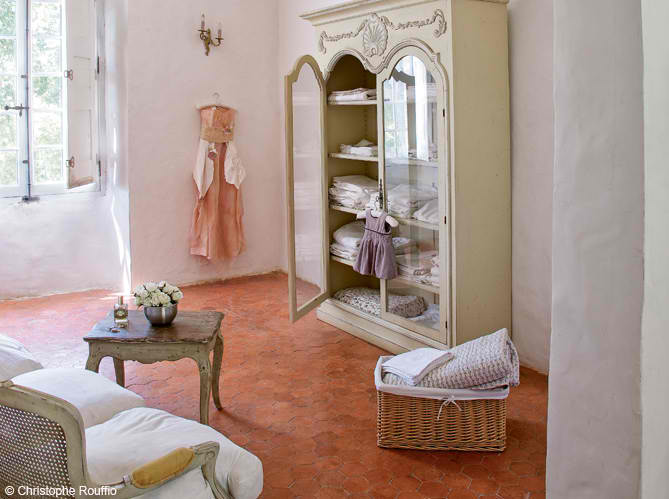 Beautiful House interior design in Provencal7