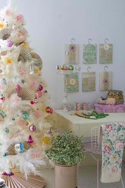 white cristmas decorating ideas 33