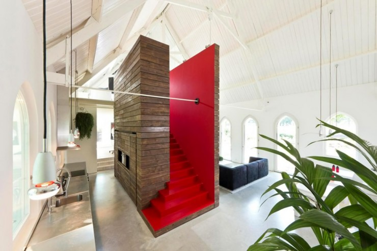 Church 4 Converted Into Modern Living Space by LKSVDD Architecten