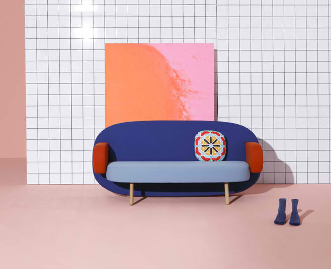 Float Sofa by Karim Rashid2
