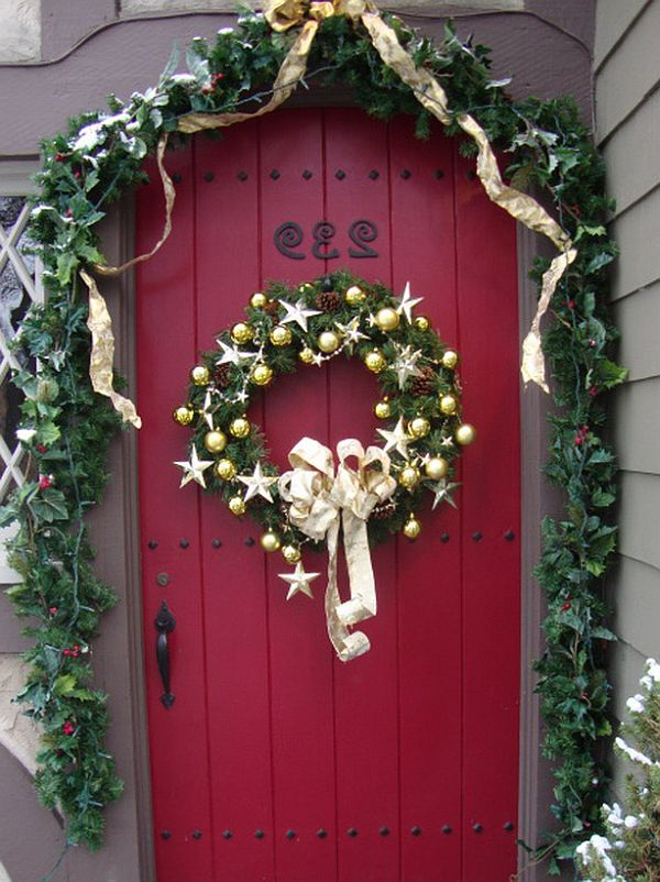 Ideas for Christmas Door Decorations 22