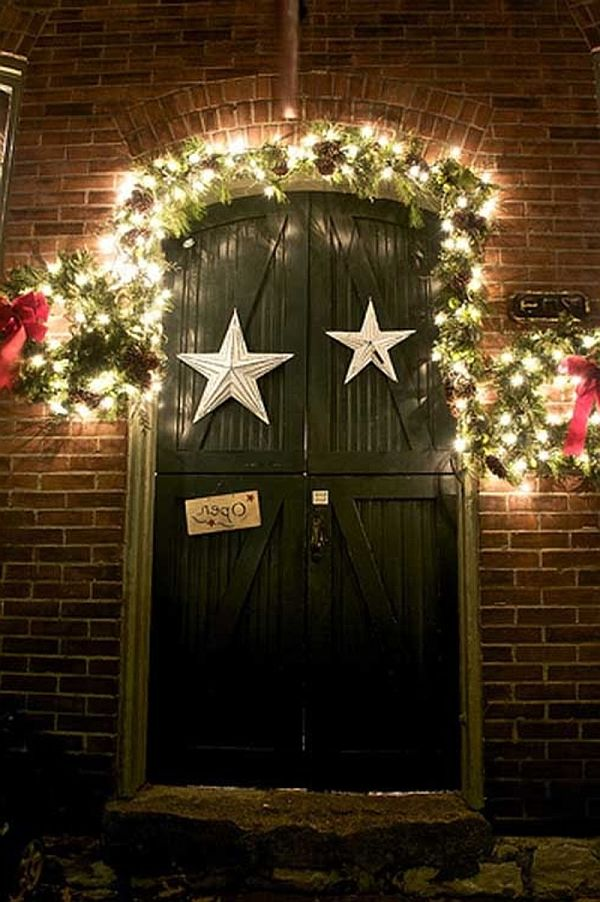 ideas for christmas door decorations 23