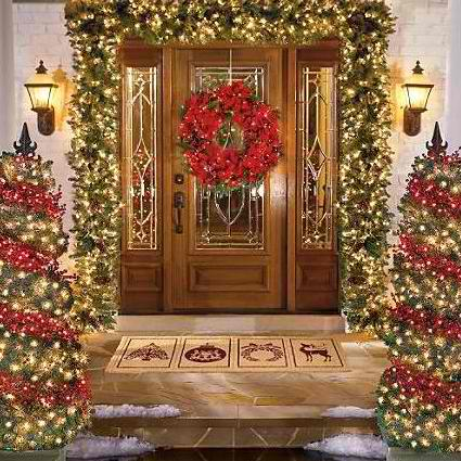 30 outdoor christmas decorations decoholic Pictures of houses decorated for christmas outside