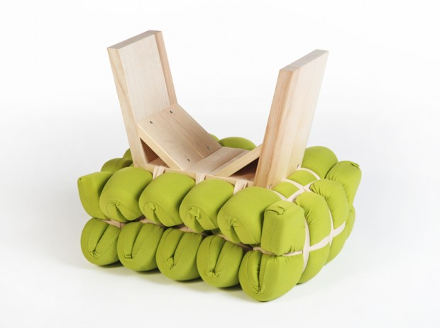 Zieharsofika 7 Benches by Flat Foam Mat