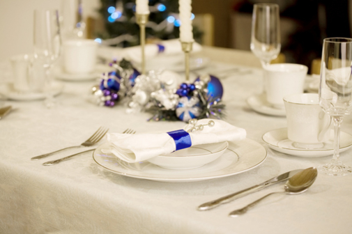 Adorable Blue And White Christmas Table Decorations 14 Ideas