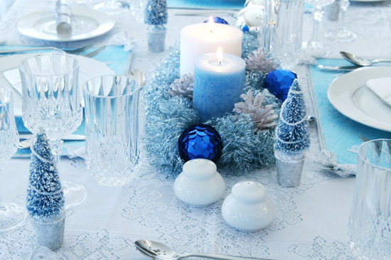 65 adorable christmas table decorations decoholic for Decoration 31 decembre