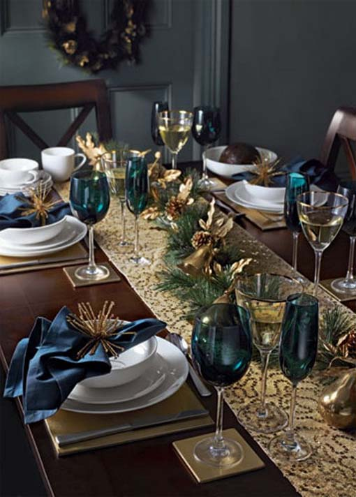 adorable christmas table decorations 54 ideas - Decorating With Silver And Gold For Christmas