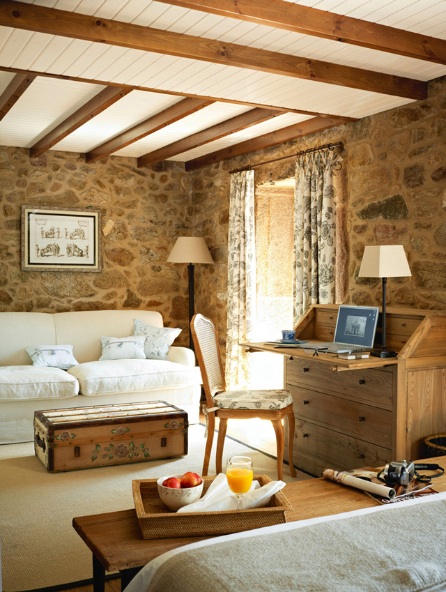 Lugar Do Cotariño Rustic stone 7 interiors
