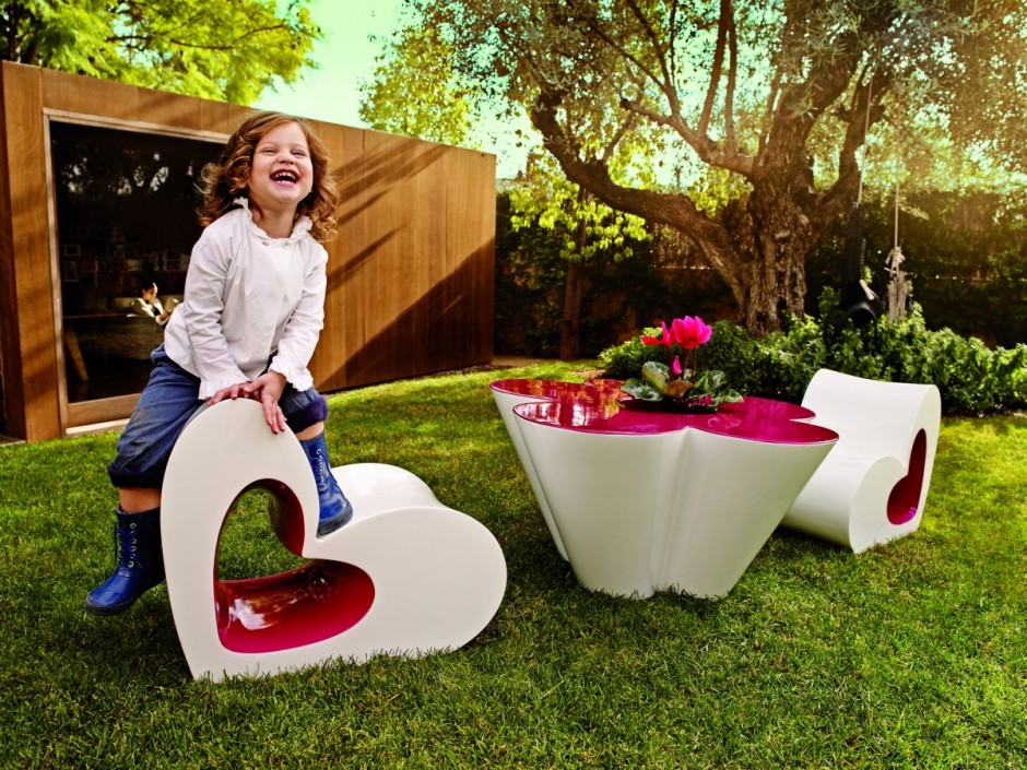 Kids' Furniture by Agatha Ruiz de la Prada for VONDOM