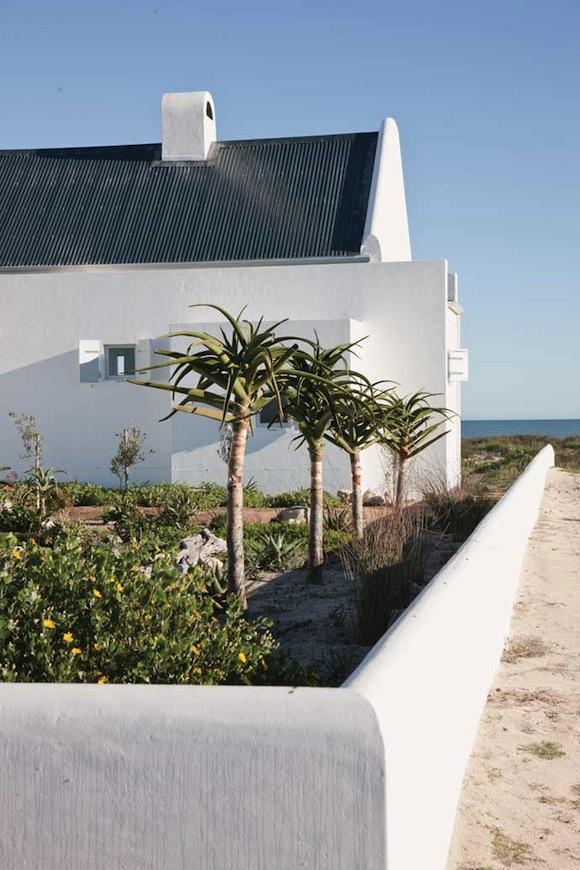 casa sanchia beach house 9 interiors