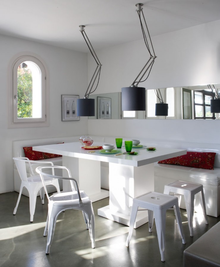white dining room in home in girona 6
