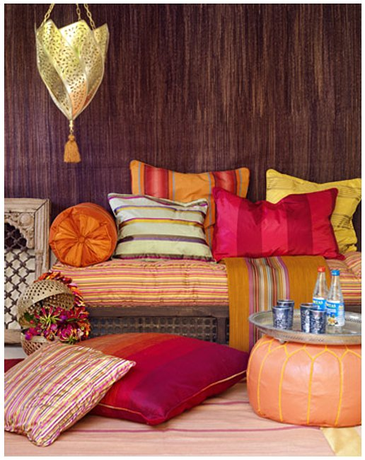 18 boho chic living room decorating ideas decoholic for Moroccan living room decor ideas