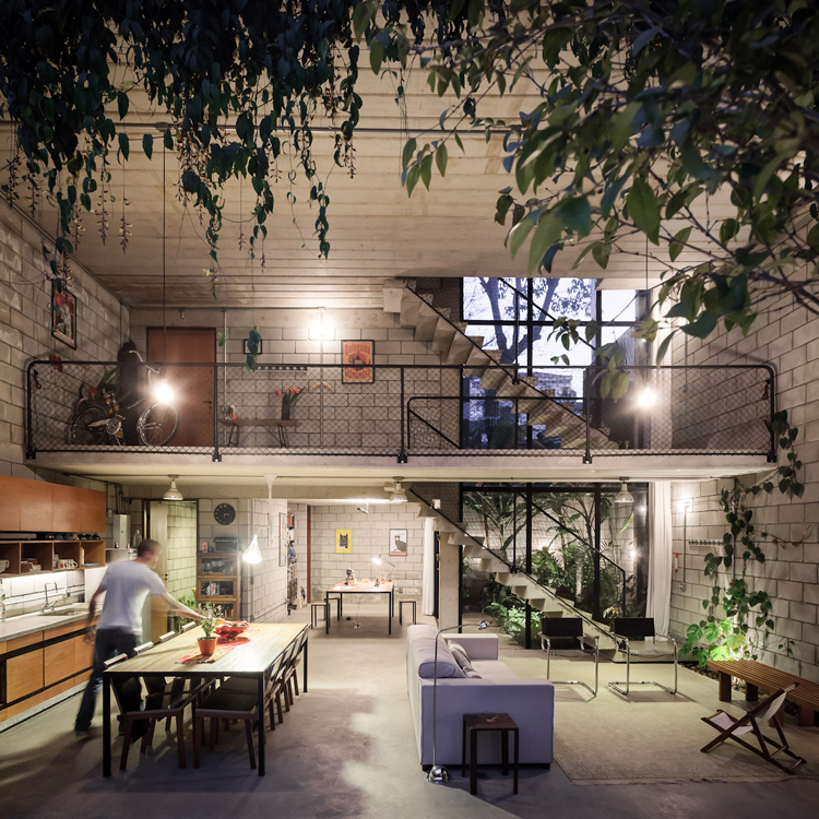 Industrial House in Brazil by Terra e Tuma7