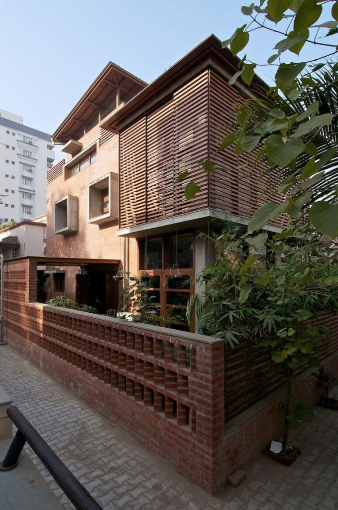 green house 8 by Hiren Patel Architects