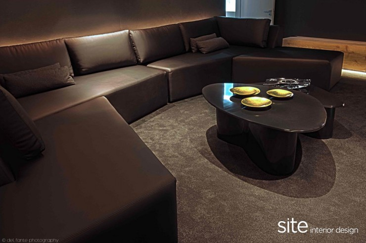 Dramatic 14 Modern House by Site Interior Design