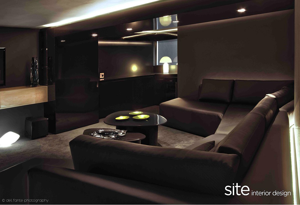 Dramatic Modern House By Site Interior Design