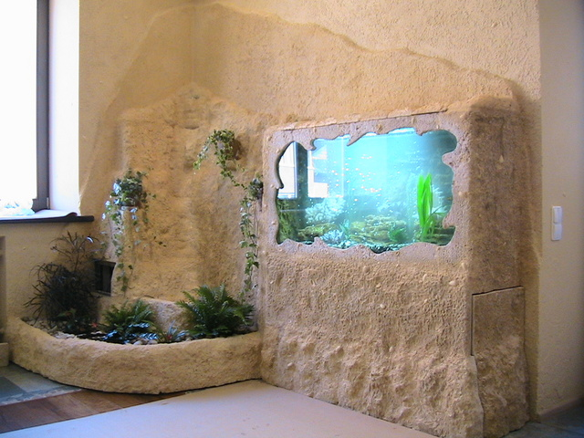 room 8 decorating ideas with aquarium
