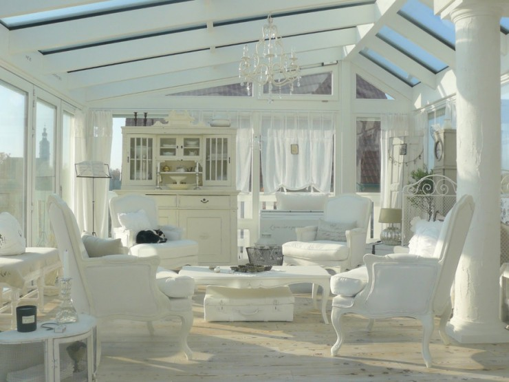 all white shabby chic living room