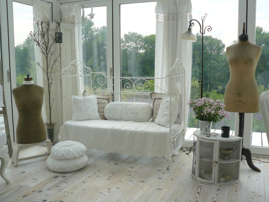 37 Dream Shabby Chic Living Room Designs Pictures to pin on Pinterest