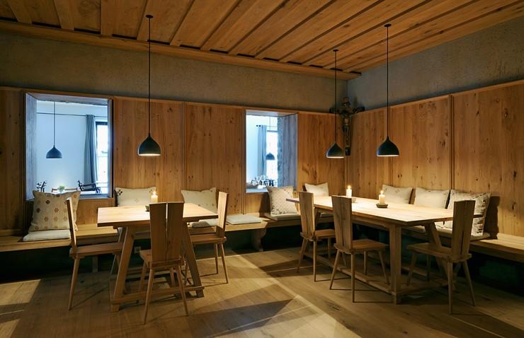 Wiesergut 26 design hotel in Austrian Alpsby Gogl Architekten