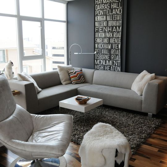69 fabulous gray living room designs to inspire you for Black grey living room