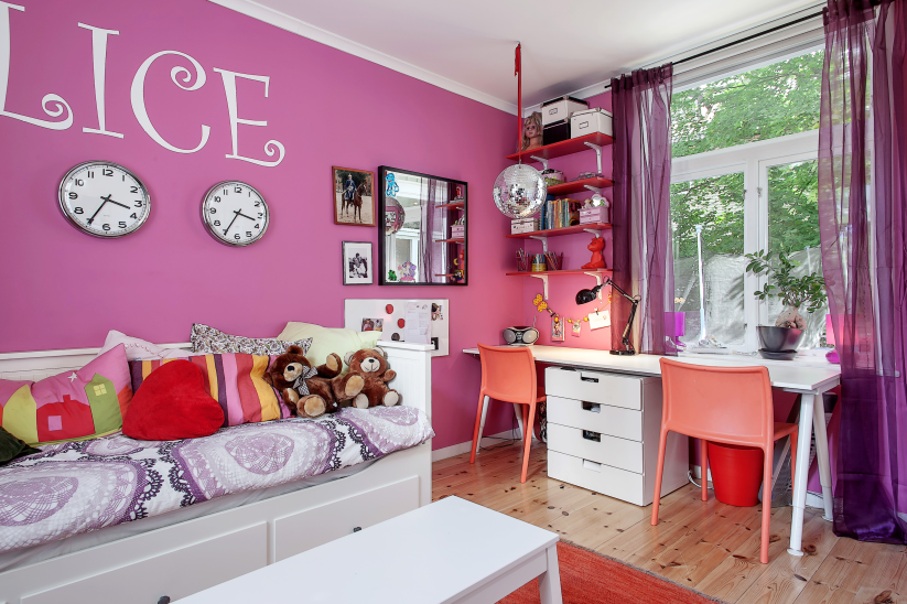Salvation Army Auditorium Turned Into a Charming Family Home - Decoholic