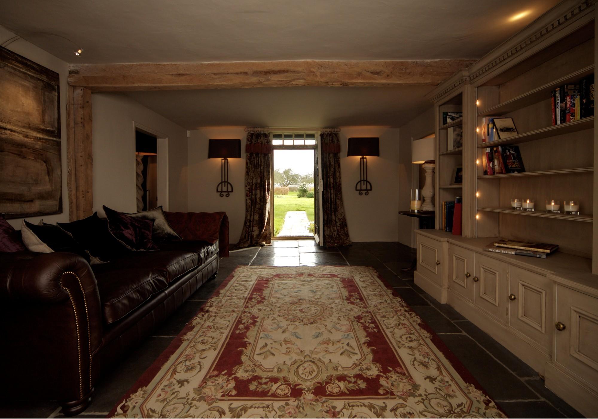 English Traditional Farmhouse 4 Interiors