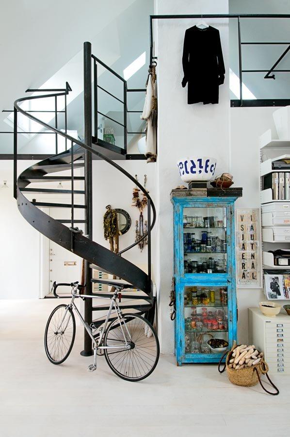 Industrial scandinavian Loft interior6