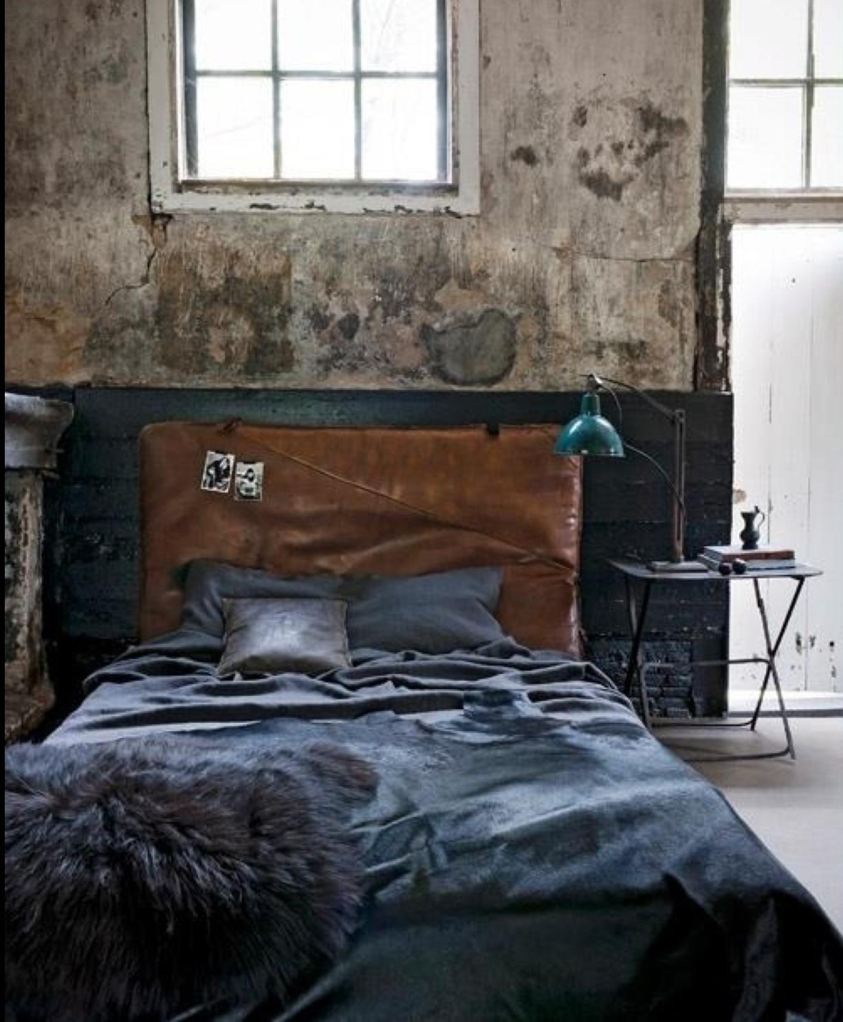 21 Industrial Bedroom Designs - Decoholic