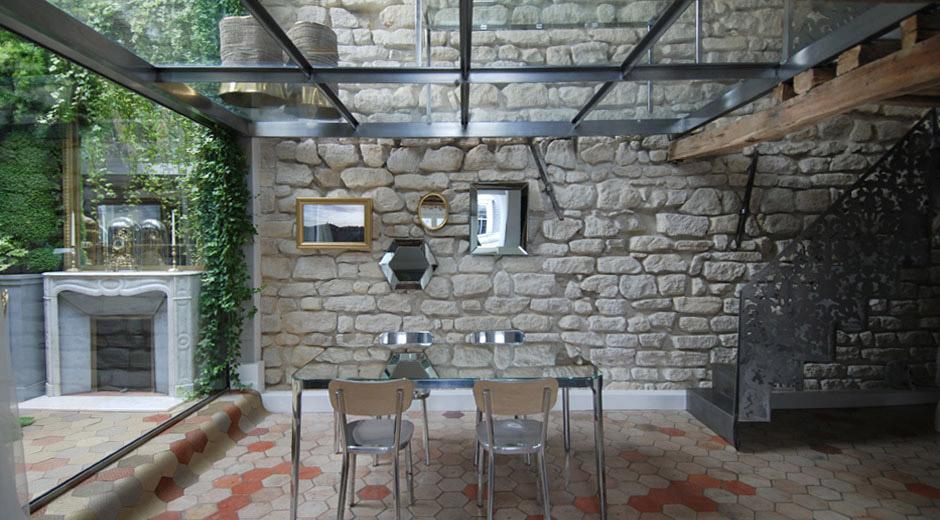 Uniquely Loft-Style Interior In The Heart Of Paris | Decoholic