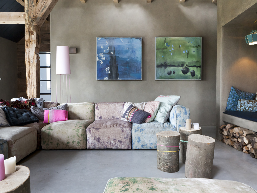 A modern country house like no other decoholic for Country interior design