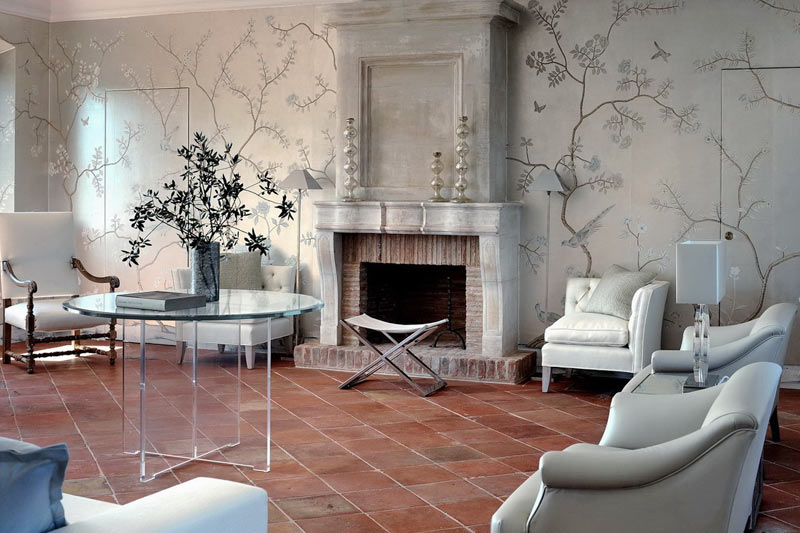 Luxury villas that letting you settle in to the italian for Villa interior design living room