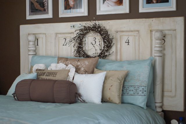 old doors headboard 9 ideas - 16 Old Doors Used As Dramatic Headboard - Decoholic