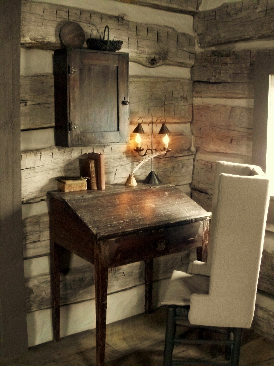 36 stylish primitive home decorating ideas decoholic for Home interior decorating